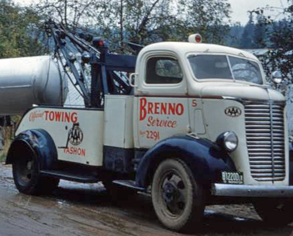 Brenno tow truck #5, a 1940 Chevrolet.
