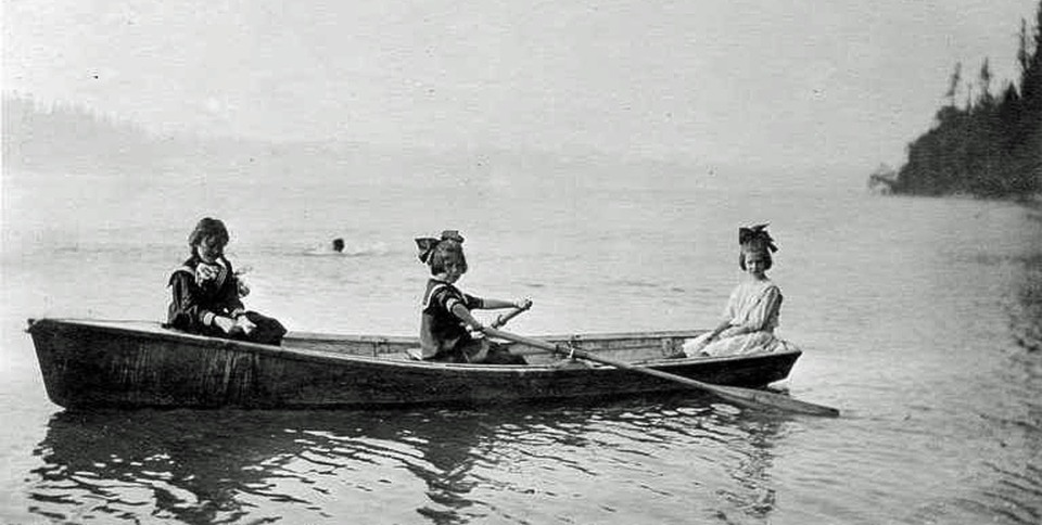 1 rowboat